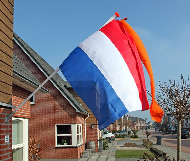 Vlagpakket: in één keer klaar om de vlag uit te hangen!